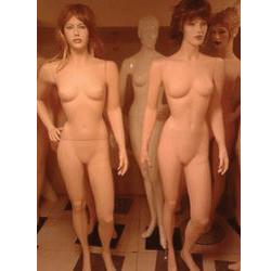 Ladies-Display-Mannequins